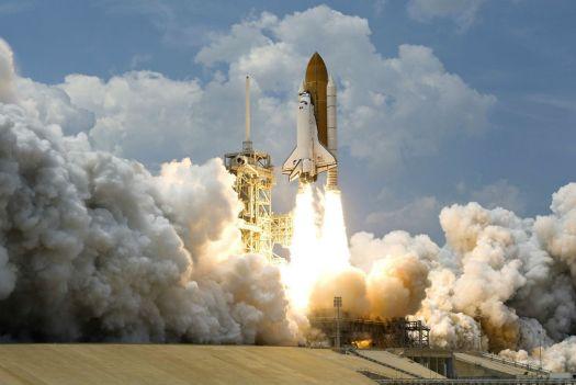 Instrumente de propulsie pentru proaspatul manager de vanzari, in sistemul CRM , racheta